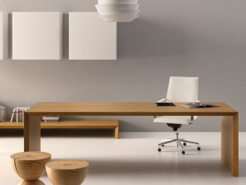 Office desks and chairs that will help you be productive and to work from home effectively